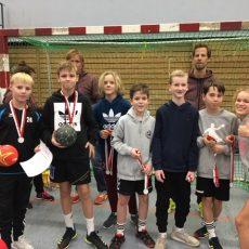 2. Platz beim Handball Nikolausturnier in der Alsterdorfer Sporthalle